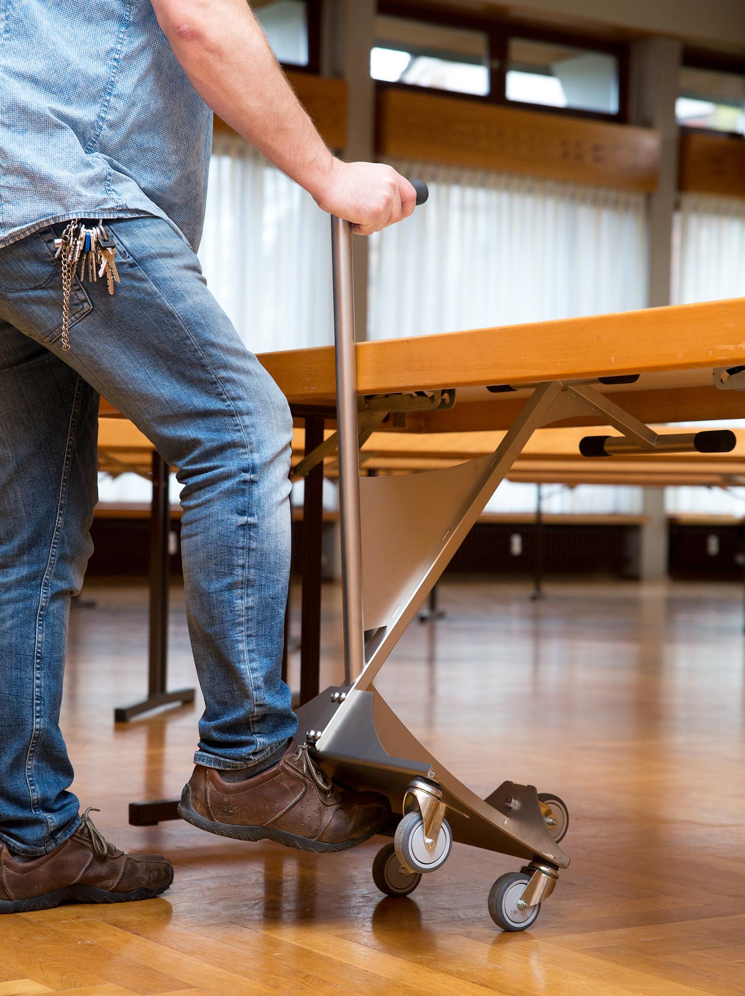 Die Ludwigsburger Kreiszeitung | www.lkz.de schreibt über die Tischtransport-Tüftler