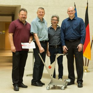 Read more about the article Ministerium für Inneres, Digitalisierung und Migration  lässt Tische mit dem ErgoSusMOVE tanzen